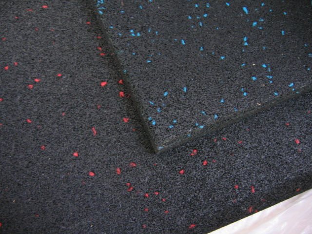 Impact rubber floor matting