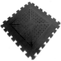 Solid focus rubber floor mat